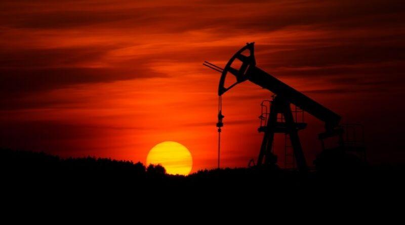 ¿Cómo repercute la subida del petróleo en el precio de la luz?